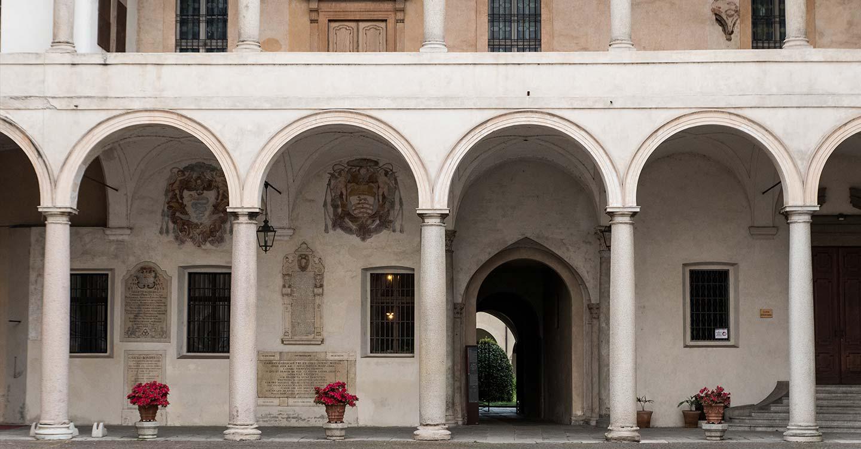 a-novara-palazzo-vescovile