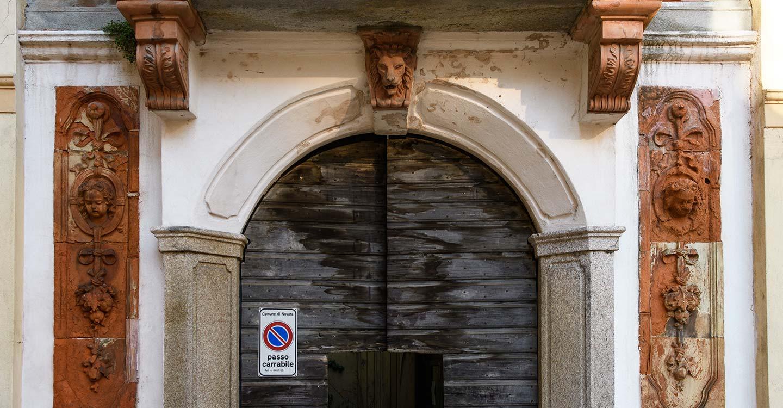 a-novara-portale-casa-gallarini