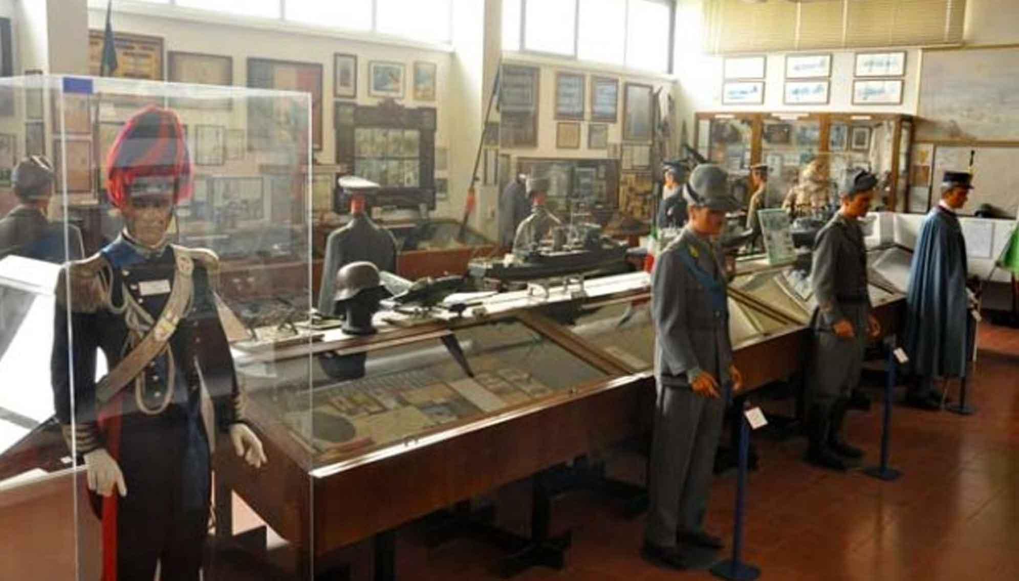 a-novara_1991x1135_museo-storico-novarese-aldo-rossini